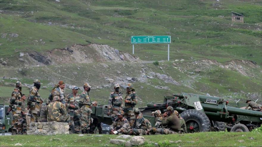 Defensa de La India se reúne con Ejército tras choque con China | HISPANTV