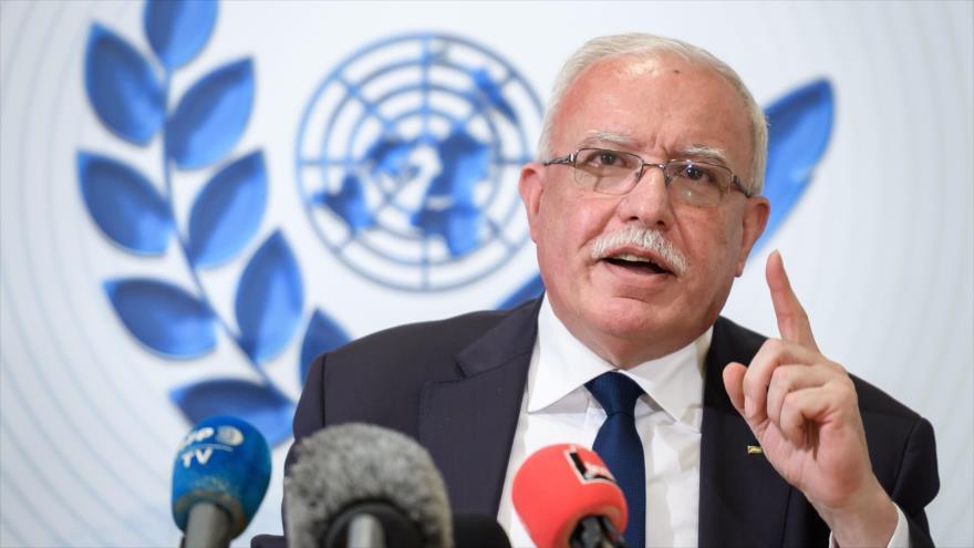 Canciller palestino, Riad al-Maliki, ofrece una rueda de prensa desde la sede de la ONU en Ginebra, febrero de 2020. (Foto: AFP)