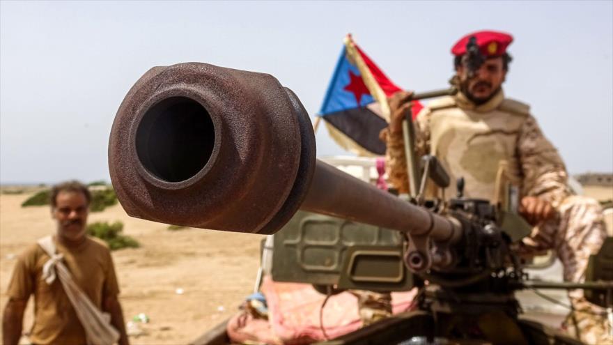 Milicianos del llamado Consejo de Transición del Sur (STC, por sus siglas en inglés) en la provincia yemení de Abyan, 15 de mayo de 2020. (Foto: AFP)