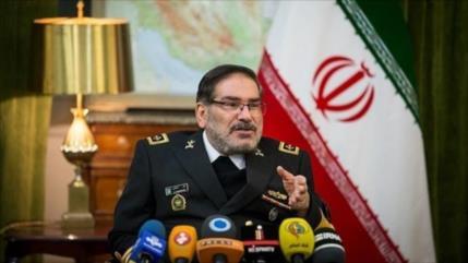 Irán: Europa es un títere en manos de idiotas como Trump y Bolton