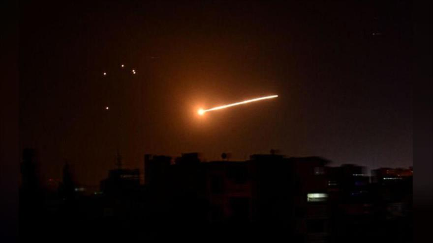 'Israel lanzó agresión contra Siria desde base de EEUU en Al-Tanf'