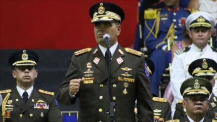 """Caracas promete """"respuesta contundente"""" a actos militares de EEUU"""