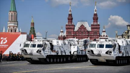 Vídeo: Rusia muestra novedosas armas en su gran desfile militar