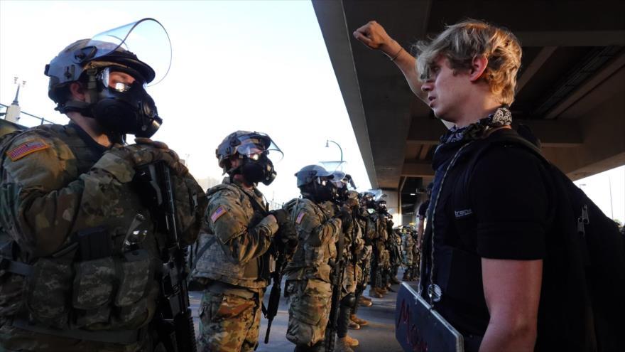 Despliegan 400 soldados para dispersar protestas en Washington | HISPANTV