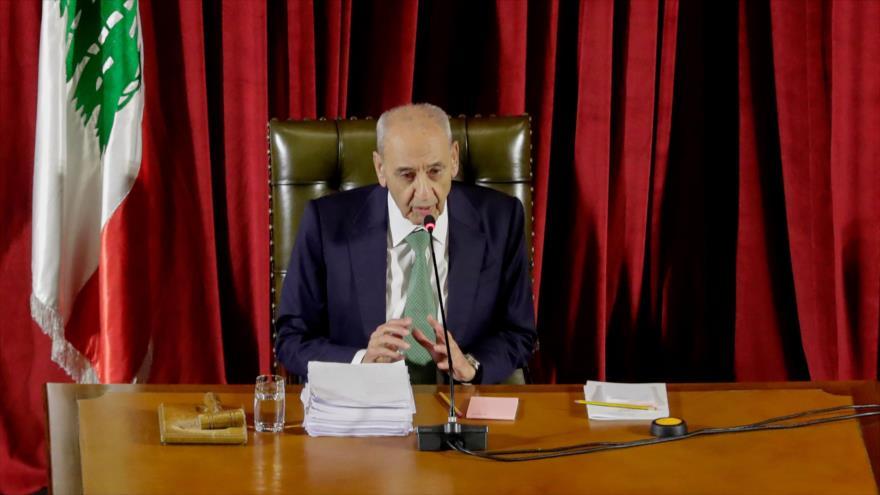 El presidente del Parlamento libanés, Nabih Berri, en una reunión en el Palacio de Unesco, Beirut, capital de El Líbano, 21 de abril de 2020. (Foto: AFP)