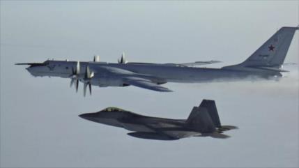 Cazas de EEUU interceptan aviones militares rusos cerca de Alaska