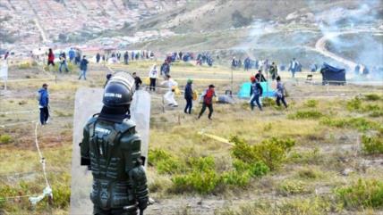 Denuncian muerte de joven durante represión policial en Colombia