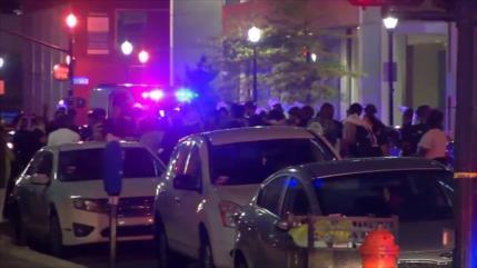 Vídeo: Un muerto y un herido, baleados en zona de protestas en EEUU