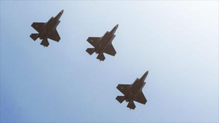 Vídeo: Duelo aéreo entre F-22 de EEUU y Tu-142de Rusia en Alaska
