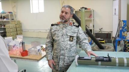 Irán presenta 3 nuevos equipos militares de fabricación nacional