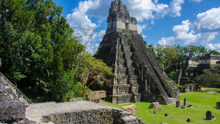 Un templo maya en la ciudad de Tikal, situada en Guatemala.