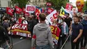 Sanitarios franceses denuncian precariedad laboral en plena pandemia