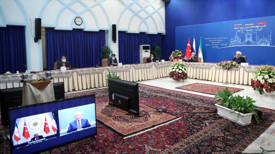 Irán: Pueblo sirio debe decidir su futuro sin injerencia foránea | HISPANTV