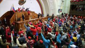 Constituyentes de Venezuela apoyan expulsión de embajadora de UE