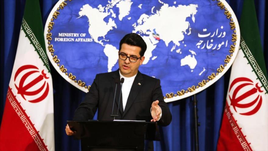 El portavoz de la Cancillería de Irán, Seyed Abás Musavi, ofrece una rueda de prensa en Teherán, la capital.