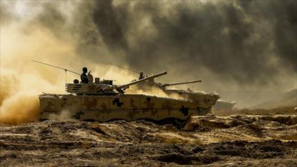Vídeo: China muestra su poderío militar ante los ojos de La India