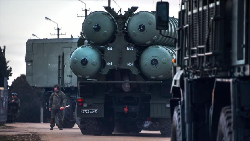 El sistema antimisiles ruso S-400 Triumf, predecesor del S-500 Prometéi.