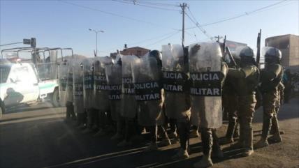 Policía boliviana reprime fuertemente una protesta en Cochabamba