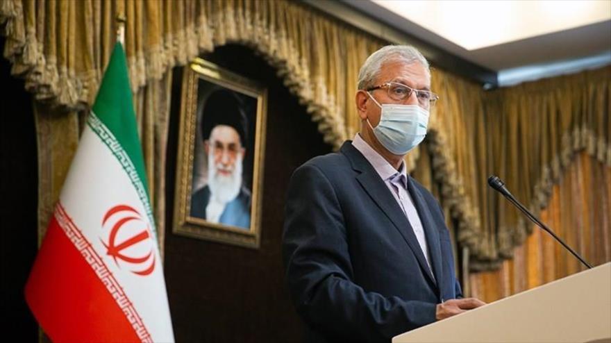 Ali Rabiei, portavoz del Gobierno de Irán, en una conferencia de prensa en Teherán, la capital, 7 de julio de 2020. (Foto: Tasnim)