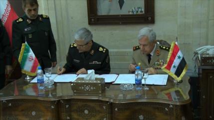 Irán y Siria firman acuerdo de cooperación militar y de seguridad