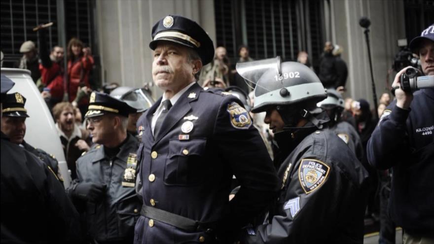 Fotos que sacuden al mundo: Exjefe de policía arrestado en Filadelfia