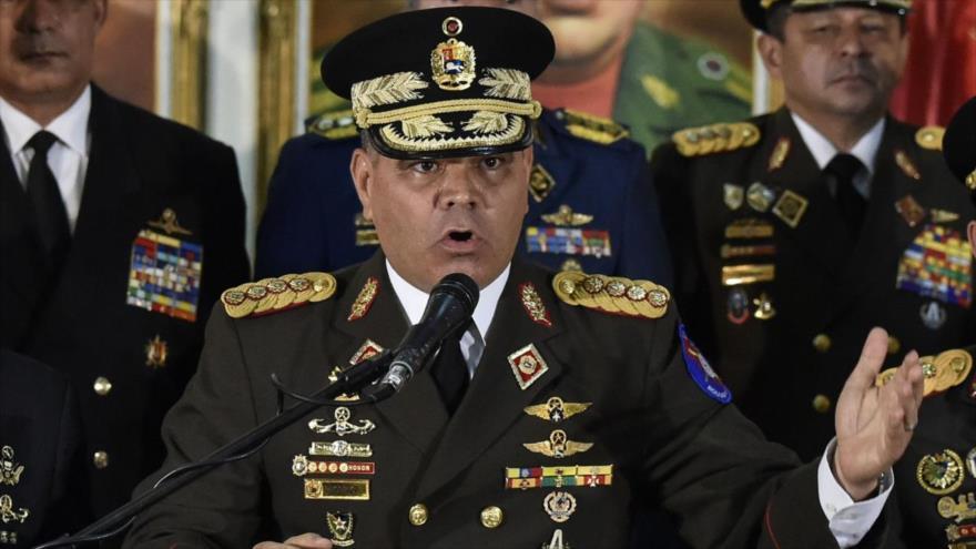 El ministro de Defensa venezolano, Vladimir Padrino López, ofrece una rueda de prensa en Caracas, capital de Venezuela, 24 de enero de 2019. (Foto: AFP)