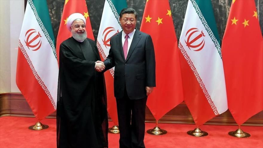 El presidente de Irán, Hasan Rohani (izda.), y su par chino, Xi Jinping, en Teherán, capital persa, 23 de enero de 2020. (Foto: IRNA)