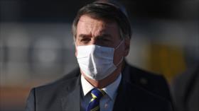 Demandan a Bolsonaro por 'improbidad' al promover medicina ineficaz