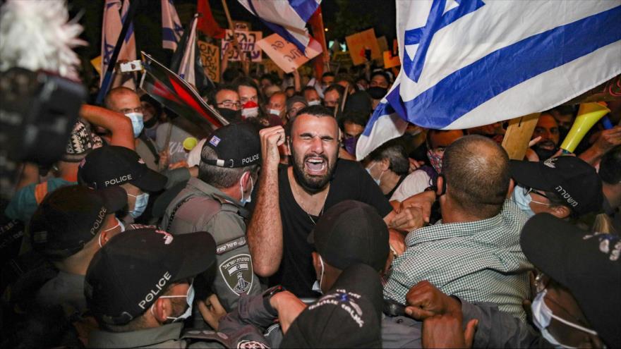 Vídeo: Policía israelí reprime masiva protesta contra Netanyahu