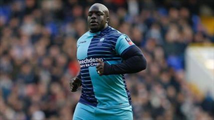 """Conozcan a Akinfenwa, el futbolista """"más pesado del mundo"""""""