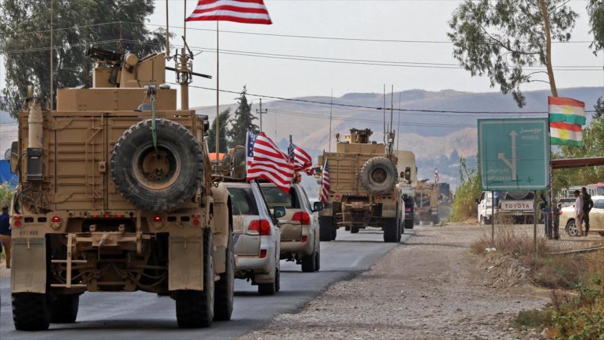 Un convoy militar estadounidense cerca de la ciudad de Bardarash, en Dohuk, región autónoma kurda de Irak, 20 de octubre de 2019. (Foto: AFP)