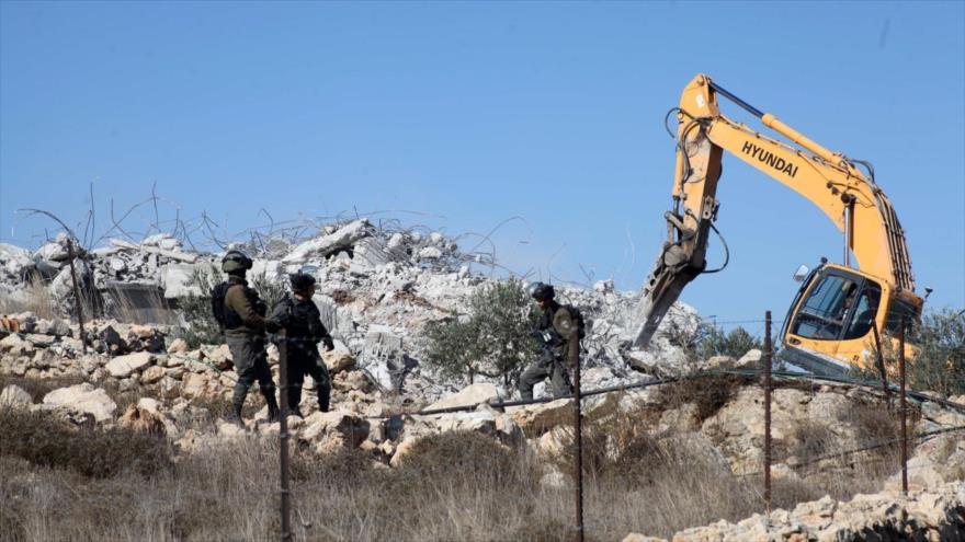 Israel derriba 31 edificios palestinos en Al-Quds y Cisjordania