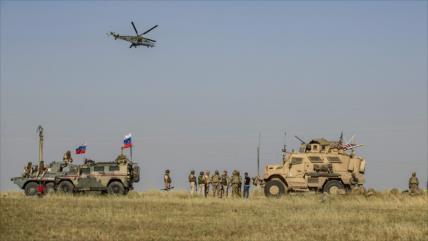 Vídeo: Militares rusos bloquean un vehículo de EEUU en Siria