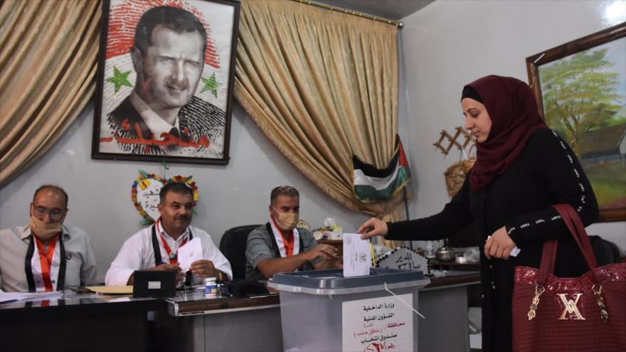 Al-Moalem: Celebrar las elecciones es una victoria para Siria | HISPANTV