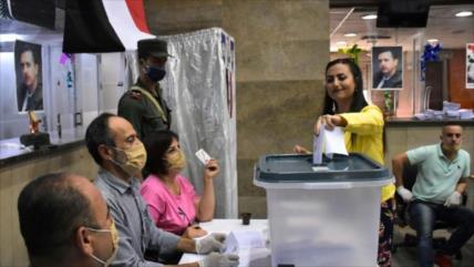 El partido de Bashar al-Asad gana elecciones parlamentarias sirias