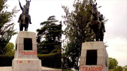 Venezuela condena ataque a estatua de Simón Bolívar en Madrid