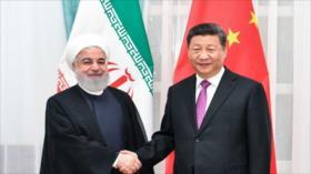 """Irán dice que su acuerdo con China """"no es algo inusual"""""""