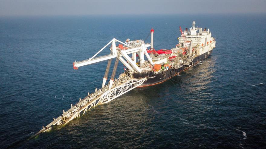 Operaciones de instalación de tuberías en aguas territoriales alemanas para el proyecto Nord Stream 2.