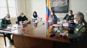 Senadores repudian propuesta de vicepresidenta a FFMM en Colombia