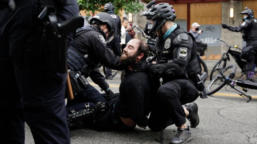 Casa Blanca ignora críticas: habrá más medidas contra protestas | HISPANTV