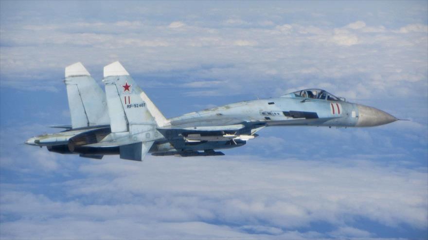 El caza ruso de combate Sujoi Su-27.