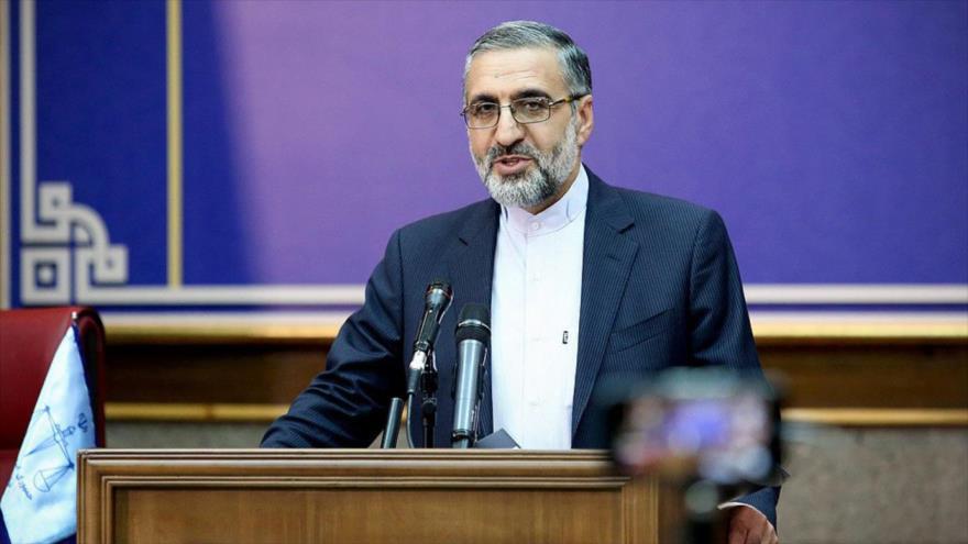 El portavoz del Poder Judicial de Irán, Qolam Hosein Esmaili, durante una rueda de prensa en Teherán, la capital.