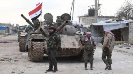 Siria lanza masivos ataques contra terroristas en Idlib y Latakia