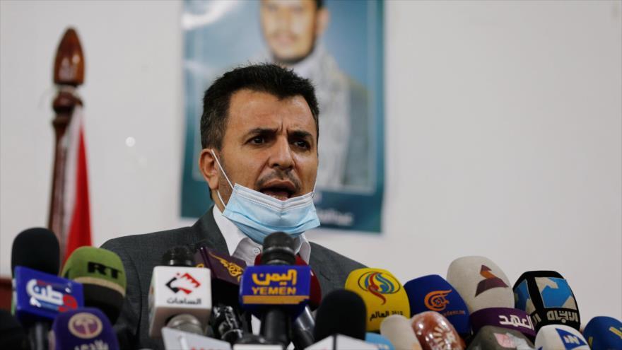 El ministro de Salud Pública y Población de Yemen, Taha al-Mutawakkil, en una conferencia de prensa en Saná, 5 de mayo de 2020. (Foto: Reuters)