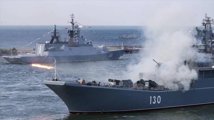 Armada rusa rastrea buques de guerra de la OTAN en el mar Negro   HISPANTV