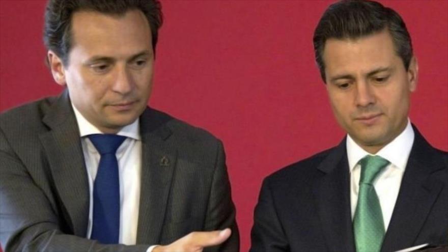 El exdirector de Pemex Emilio Lozoya (izda.) junto con el expresidente mexicano Enrique Peña Nieto.