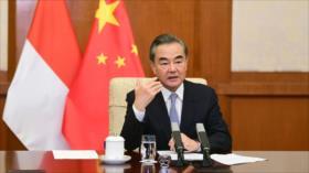 China insta al mundo a no elegir ningún bando en rivalidad con EEUU