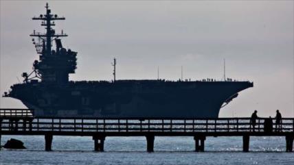 COVID-19 azota otro portaviones de EEUU; Washington no revela cifras