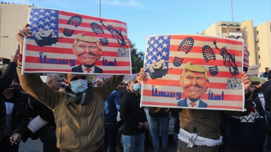 Iraquíes realizan una protesta contra la presencia militar de EE.UU. en Bagdad, 1 de enero de 2020. (Foto: AFP)