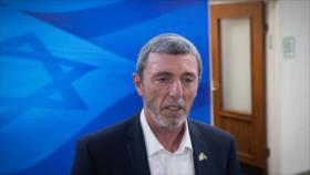 Ministro israelí contrae COVID-19 tras una reunión en parlamento
